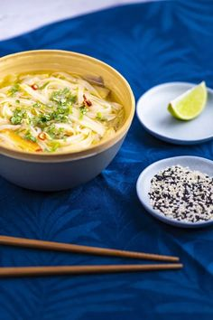 Ázsiai csirkeleves | Street Kitchen Naan, Chili, Cooking, Ethnic Recipes, Kitchen, Minden, Chile, Kitchens, Chilis