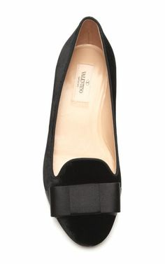 bow-embellished velvet loafer by valentino