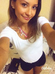 Necklace chic selfie