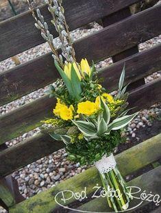 fc9912763ee1e27654bc8a76893d22cd Funeral Flower Arrangements, Funeral Flowers, Diy And Crafts, Crafts For Kids, Easter Flowers, Flower Decorations, Spring, Aga, Flower Arrangements