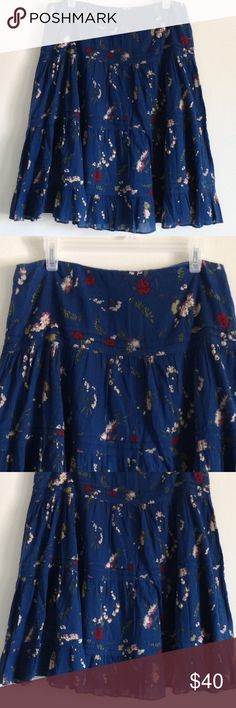 """🎉FLASH SALE🎉 Blue Floral Skirt 🎉WAS $36🎉 Beautiful floral skirt. Zipper on side. Lining. Shell: 100% cotton. Lining: 80% polyester 20% cotton. Measurement laying flat: waist: 16"""" length: 24.5"""" No stains or holes. Chaps Skirts Midi"""