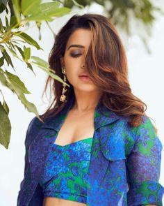 Samantha Photos, Samantha Ruth, Star Actress, South Indian Sarees, Bollywood Photos, Tamil Actress Photos, Bustier Top, Indian Beauty Saree, South Indian Actress