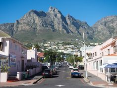 Planning your first visit to Cape Town, South Africa? Here are ideas on what to do in Cape Town with or 5 days in the city. V&a Waterfront, Cape Town South Africa, Helicopter Tour, Going On Holiday, Africa Travel, Travel Destinations, Holiday Destinations, Places To See, 72 Hours