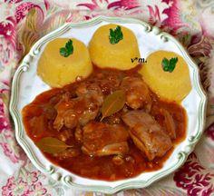 Ostropel rapid. ingrediente / 4 portzii: - 700 gr. pulpe de pui dezosate - 2 cep... Beef, Chicken, Romania, Cooking, Ethnic Recipes, Dan, Childhood, Food, Recipes