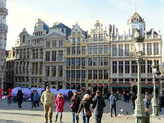 Brussels Blunders: Part 1 – Suspicious & Shouted at Royal Palace, Luxembourg, Capital City, Brussels, Belgium, Netherlands, Germany, Louvre, Europe