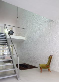 Apartment, Amazing White Brick Wall Of Modern Luxurious Villa: Sensational Modern Luxurious Villa Design in French
