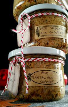 Pâté végétal aux carottes #vegan Healthy Food Alternatives, Raw Food Recipes, Veggie Recipes, Vegan Desserts, Vegan Vegetarian, Vegetarian Recipes, Menu Vegan, Carrot Vegetable, Plat Vegan