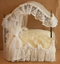 Dollhouse Miniature, Canopy Dressed Bed, 8 inches tall to mid canopy Miniature Dollhouse Furniture, Miniature Rooms, Dollhouse Dolls, Dollhouse Miniatures, Fairy Furniture, Barbie Furniture, Barbie Bedroom, Mini Doll House, Ideas Hogar