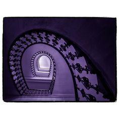Fotka na Instagrame od používateľa Miró von Laugaricio • 7. október 2018 o 10:07 Stairs, Mirror, Architecture, City, Furniture, Design, Home Decor, October, Arquitetura