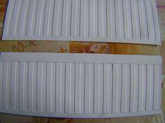 Poppenhuis lambrisering van karton