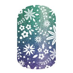 These sparkles have my heart! Jamberry nail wraps are so affordable - and last up to 2 weeks on fingers! Tropical Forest is the perfect combination of sparkles, ombre greens and purples, and tropical elements, too! #nailart
