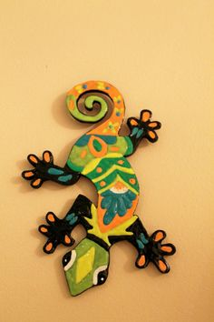 Gecko wall hanging puffy paint gift decor by RebelsPlace on Etsy