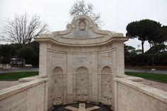 L'acqua è una fonte inestimabile di valore e Roma è sempre stata ricca di acqua e sorgenti. Una è apochi passi dal Corso Francia e Villa Glori, c'è la vecchia sorgente dell'Acqua acetosa de…