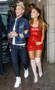 Frankie Grande & Ariana Grande from The Big Picture: Today's Hot Pics Ariana Grande Fotos, Ariana Grande Outfits, Ariana Grande Pictures, Frankie Grande, Dangerous Woman, Leather Skirt, Persona, Queens, Celebs