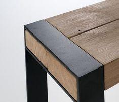Metal leg wood bean bench join.