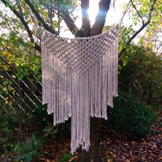 Completed this magic monster today. Would look incredible above a bed or as a wall feature in a natural decor lounge. A lovely outdoor wedding backdrop also. Made with 6mm, linen coloured, cotton rope from @chompahandmade #wolfandyarzz #chompahandmade #macrame #macramelove #macramewallhanging #modernmacrame #macrameheadboard #weddingmacrame #bridalbackdrop #makramé #makrame #ropeart #fibreart #interiorinspiration #interiordecor #naturaldecor #interiorinspo #bohointeriors#kreoloveslocal