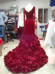 Resultado de imagen para batas de cola para bailar flamenco