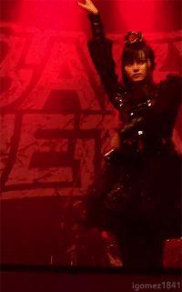 【画像】ちょっとセクシーすぎるSU-METALキタ━━━━(゚∀゚)━━━━!!!! - Tales of BABYMETAL |  ベビメタまとめ情報サイト