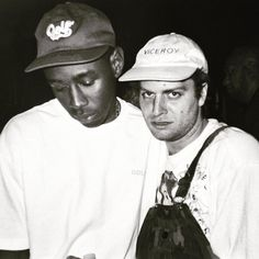 Tyler, the Creator (left) and Mac DeMarco (right) - musicians Tyler The Creator, Steve Lacy, Christine And The Queens, Cultura General, Flower Boys, Music Icon, Music Stuff, Musical, Pretty People