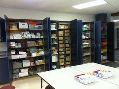 Why I Prefer a Small Art Room & 14 best ideal art room images on Pinterest | Art classroom Art ...