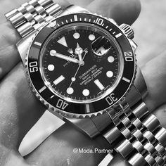 [Rolex] Cant sleep decided to swap a jubilee bracelet into a ceramic Rolex Submariner. Best Watches For Men, Luxury Watches For Men, Cool Watches, Rolex Watches, Tudor Black Bay Blue, Sea Dweller, Rolex Submariner, Fashion Watches, Cant Sleep