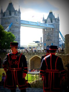 Beefeaters, are ceremonial guardians of the Tower of London. In principle they are responsible for looking after any prisoners in the Tower and safeguarding the British crown jewels, but in practice they act as tour guides and are a tourist attraction in their own right,London