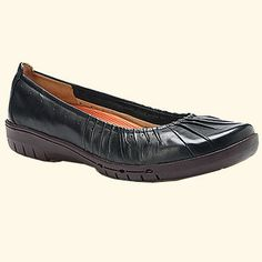 06e2a2b18a5 Clarks Unstructured Un.Beam Navy Leather 87057 (Women s)--these are GREAT