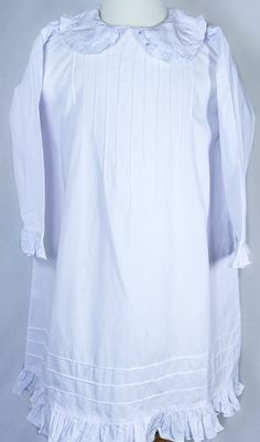 www.distinguishedmanors.com  Little Girl Nightgowns