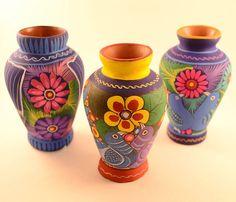 Mini Flower Vase Handpainted Colorful Folk Art Home Decor miniature art for Shelf Painted Flower Pots, Painted Pots, Flower Vases, Flower Art, Hand Painted, Mexican Home Decor, Mexican Folk Art, Mexican Style, Pottery Painting Designs