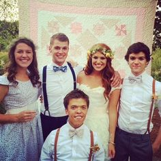 Little People, Big World' star Jeremy Roloff weds Audrey Botti . Tlc Tv, Jeremy And Audrey Roloff, Roloff Family, Little People Big World, Celebrity Twins, 19 Kids And Counting, Wedding Pinterest, World Star, Bridesmaid Dresses