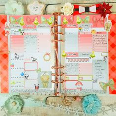 Here my weekly spread using the Fab Planner Print Christmas Cuties kit 🎄🎄🎄 I love the gingerbread man so much 💖💖 You can check out the… Personal Planners, Planner Layout, Weekly Spread, Gingerbread Man, Happy Planner, Planner Stickers, Layouts, Kit, My Love