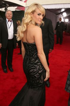 Carrie Underwood Photo - The 55th Annual GRAMMY Awards - Red Carpet