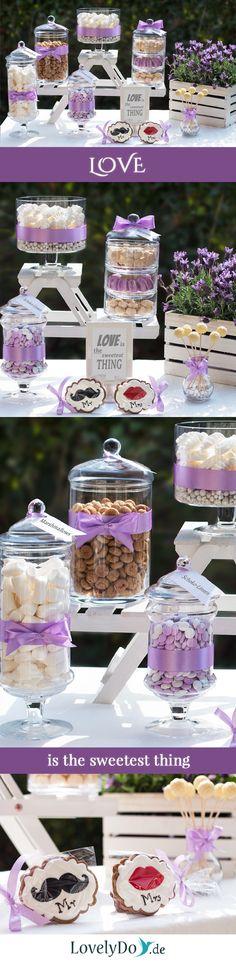 Unsere erste Hochzeits-Candy Bar dieses Jahr, und das im Garten! #CandyBar #SweetTable #Hochzeitsdeko #WeddingDecoration #Sweets #Loveissweet #SweetLove #WeddingCandyBar #openairwedding #geburtstagsdeko #geburtstagsdekoration #Lavendel #lavender