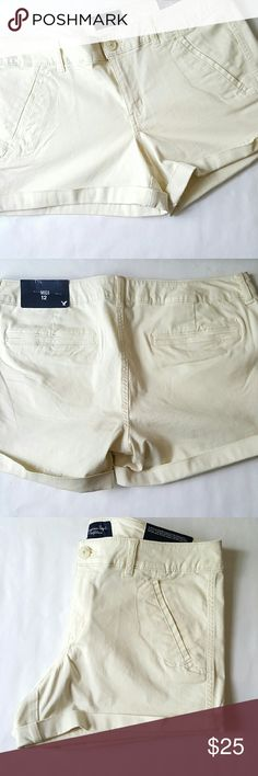 American Eagle Outfitters || Midi Shorts Cream. 54% cotton. 43% rayon. 3% spandex. American Eagle Outfitters Shorts