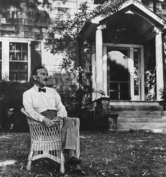 When It's Too Late to Stop Fascism - by George Prochnik Stefan Zweig in Ossining, New York, in seven years after he fled the ascendant Nazism of Europe. Bell The Cat, Rainer Maria, Stefan Zweig, Light Of Life, Page Turner, Edwardian Era, Political Views, The New Yorker, Memoirs