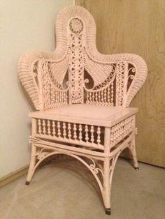Antique-Wicker-Corner-Chair