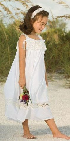 . Girls Dresses, Flower Girl Dresses, Short People, Wedding Dresses, Flowers, Sew, Babies, Clothes, Fashion