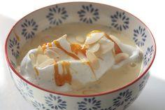Île flottante et son caramel à la rhubarbe façon Jamie Oliver