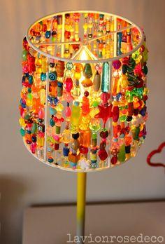 Interior Design Of The House With Beaded Lamp Shades – Home Decor Ideas Indian Home Decor, Diy Home Decor, Luminaire Original, Lamp Shade Frame, Fabric Lampshade, Deco Boheme, Old Lamp Shades, Oriental Design, Bohemian Decor