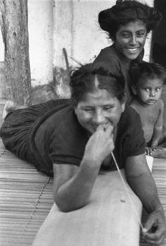 Henri Cartier-Bresson, Mexico, 1934. Juchitan.  Learn Fine Art Photography - https://www.udemy.com/fine-art-photography/?couponCode=Pinterest10