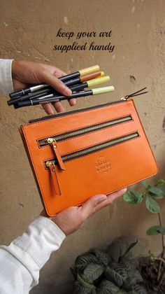Tangerine Lizzie, Chiaroscuro, India, Pure Leather, Handbag, Bag, Workshop Made, Leather, Bags, Handmade, Artisanal, Leather Work, Leather Workshop, Fashion, Women's Fashion, Women's Accessories, Accessories, Handcrafted, Made In India, Chiaroscuro Bags - 9