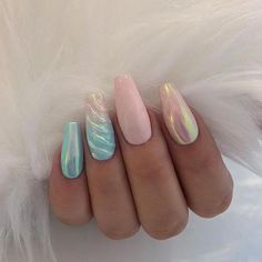 Nail art Christmas - the festive spirit on the nails. Over 70 creative ideas and tutorials - My Nails Cute Nails, Pretty Nails, Hair And Nails, My Nails, Pink Chrome Nails, American Nails, Vernis Semi Permanent, Nail Effects, Unicorn Nails