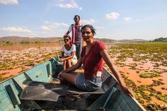 Após 11 dias, lama de barragens chega ao Espírito Santo - Brasil - Estadão