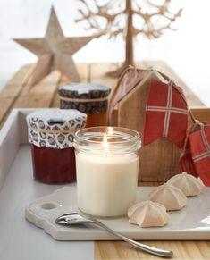 Bougies la Française http://www.bougies-la-francaise.com/?s=1657512 Bougie parfumée pot de confiture 35h meringue et marrons glacés - Hiver décoration et parfum gourmand