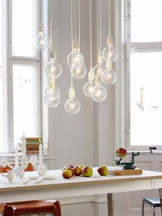 Lampada a sospensione Pendant Lamp - MUUTO Decor, Dining Room Pendant, Scandinavian Lighting, Colorful Pendant Lamp, Nordic Furniture, Ceiling Lights, Scandinavian Chandeliers, Lamp Light, Muuto