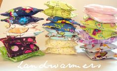 A girl and a glue gun: handwarmers! Cute Crafts, Crafts To Do, Diy Craft Projects, Sewing Projects, Crafts For Kids, Arts And Crafts, Diy Crafts, Craft Ideas, Sewing Ideas