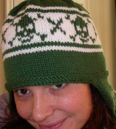 SO MUCH YARN, SO LITTLE TIME!: Skull Flap Hat