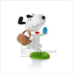 2013 Peanuts Monthly Series 9th Snoopy It's the Easter Beagle