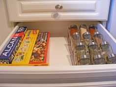 drawer-organizing-spice-racks.jpg (500×375)
