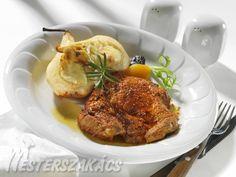 Mustáros malactarja rokfortos, sült körtével Tandoori Chicken, Pork, Turkey, Ethnic Recipes, Kale Stir Fry, Turkey Country, Pork Chops
